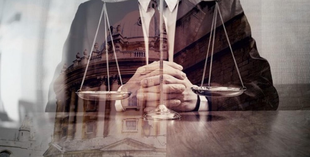 7 Important Things You Must Consider When Choosing an Attorney